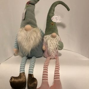 Neutral large sitting Easter Spring gnome pair
